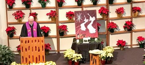 Eric preaching during advent 2016